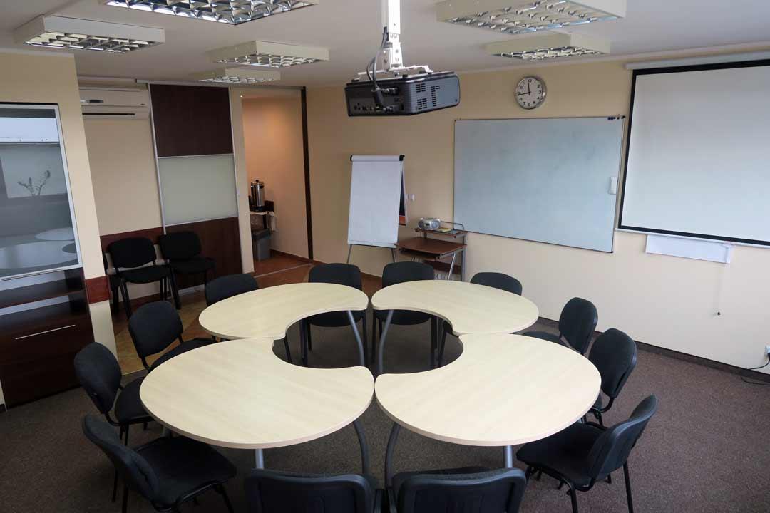 Układ centralny stołów - Sala Szkoleniowa Wrocław