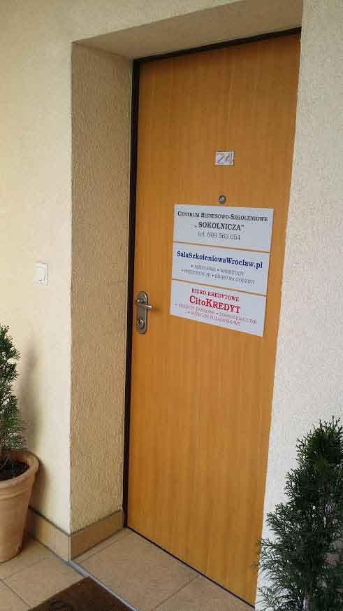 Nasza Sala Szkoleniowa we Wrocławiu - wejście z korytarza